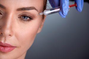 Botox gegen Mimikfalten - Wie Botulinumtoxin wirkt