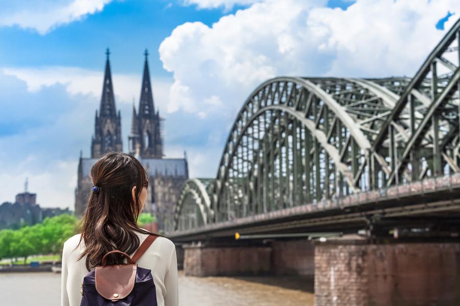 Beratung beim Plastischen Chirurgen in Köln