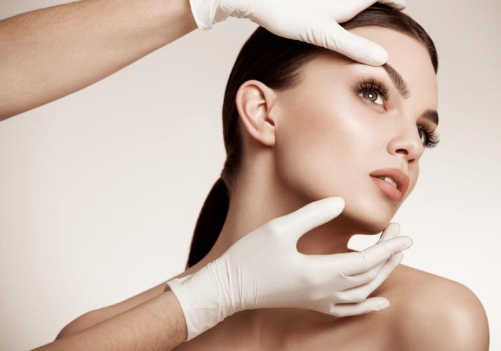 Beratung Schönheitschirurgie im Mai am Wochenende